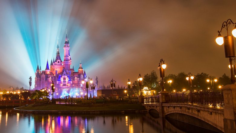1180-x-600-061616_enchanted-storybook-castle-780x440